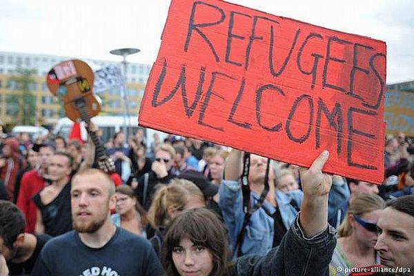 Młodzi Niemcy ze zniecierpliwieniem witają imigrantów