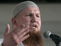 Niemiecki imam, były bokser, już nawołuje do rekrutowania dżihadystów wśród imigrantów