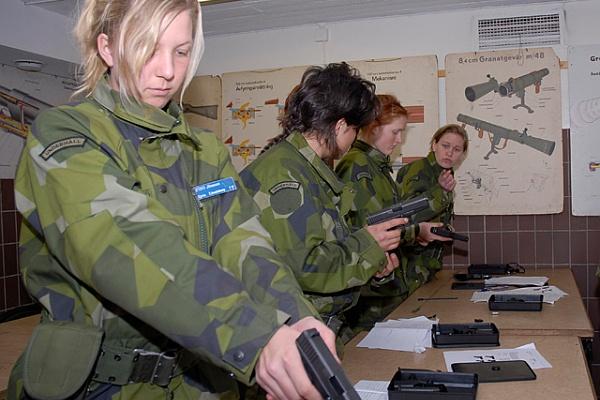 szwedzkie kobiety w wojsku