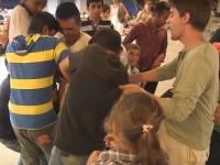 Węgier rozdaje jedzenie, ale imigranci ukradli mu torbę