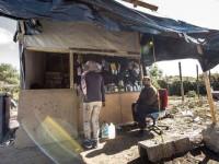 Dyskoteki i bary w ośrodkach dla uchodźców