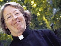 Szwedzka biskupka chce usunąć krzyże z kościołów i zastąpić je drogowskazami do Mekki