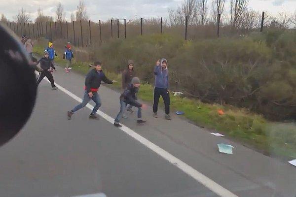 uchodźcy ciężarówka