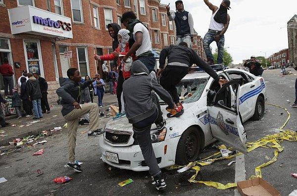Antypolicyjne zamieszki ruchu Black Lives Matter